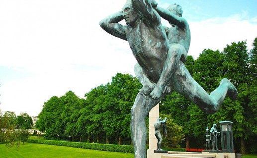 фото парка скульптур Вигеланда в Осло