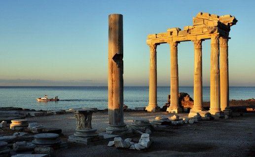 фотография храма Аполлона в Сиде